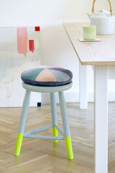 I am still digging the dipped look.  Especially with punchy colors like these neon stool legs.