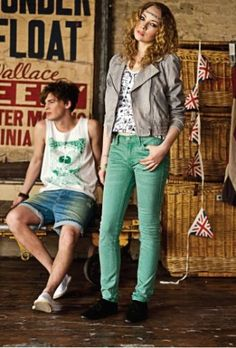 Culoare si relaxare in noua colectie Lee Cooper on http://www.fashionlife.ro