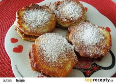 Jablkové lívanečky s polevou recept - TopRecepty.cz French Toast, Muffin, Breakfast, Recipes, Food, Thermomix, Morning Coffee, Muffins, Meal