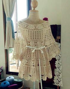 Fabulous Crochet a Little Black Crochet Dress Ideas. Georgeous Crochet a Little Black Crochet Dress Ideas. Lace Dress Pattern, Crochet Lace Dress, Crochet Shirt, Dress Patterns, Knit Crochet, Crochet Patterns, Diy Crafts Crochet, Crochet Fashion, Beautiful Crochet