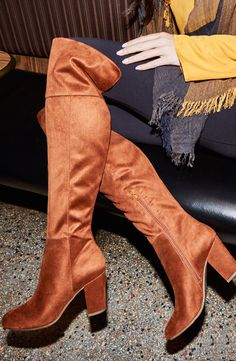 Let's just take a moment to gush over these knee high suede boots. You can carry on and shop now. Unique Shoes, Long Boots, Young Fashion, Look Chic, Suede Boots, Over The Knee Boots, Pretty Outfits, Winter Fashion, Stylish