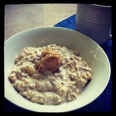 Banana Overnight Oats via @Alysia Lowe