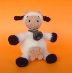crochet, felted cow pattern