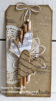 Hi everyone, Well paper straws are totally in first place nowadays … – number Valentine Crafts, Christmas Crafts, Valentines, Art Carte, Diy And Crafts, Paper Crafts, Handmade Gift Tags, Christmas Tags Handmade, Paper Tags