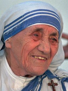 Pope: Mother Teresa Of Calcutta To Be Made A Roman Catholic Saint In September Mother Teresa Essay, Mother Teresa Quotes, Missionaries Of Charity, Saint Teresa Of Calcutta, Maria Goretti, Catholic Saints, Roman Catholic, Prayer Warrior, Blessed Mother