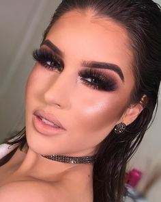 glowy makeup – Hair and beauty tips, tricks and tutorials Eye Makeup Art, Glowy Makeup, Eye Makeup Tips, Makeup Goals, Face Makeup, Dramatic Makeup, Drugstore Makeup, Sephora Makeup, Natural Makeup