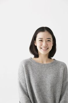 蒼井 優 (あおい ゆう) : 目つきが別人…凄み増す「蒼井優」が女優引退まで考えた事情 - NAVER まとめ Japanese Beauty, Japanese Girl, Asian Beauty, Pretty People, Beautiful People, Yu Aoi, Beauty Companies, Model Face, Asian Celebrities