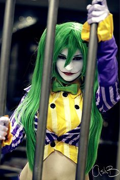 cool costume idea, lady joker
