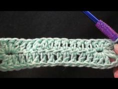 Left Hand Solid Crochet Rectangle Crochet Edgings, Crochet Quilt, Chrochet, Hand Crochet, Crochet Stitches, Crochet Hooks, Crochet Baby, Knit Crochet, Crochet Tutorials