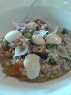 @Pacomoraleschef en @Torralbenc con platos sencillos y sabrosos. Arroz de verduras y encurtidos