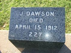 """TITANIC FACTS After James Cameron finished the script, he discovered that there was a real """"J. Dawson"""" who died aboard the Titanic. Real Titanic, Titanic Ship, Titanic History, Titanic Today, Titanic Wreck, Titanic Movie Facts, Titanic Quotes, Titanic Sinking, Jack Dawson"""