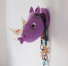 Rhinka el rinoceronte - Rhino Amigurumi Crochet Patrón - taxidermia del Faux - decoración de la pared del ganchillo