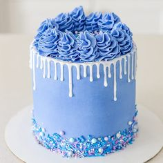 Tag a friend who is feeling blue.  Regram from @sweettreatscochrane . . . #cake #vanillacake #cakedecorating #cakedecoratingideas… Cakes For Birthday, Birthday Drip Cake, Birthday Cake Decorating, Gorgeous Cakes, Pretty Cakes, Blue Food Ideas, Blue Drip Cake, Blue Cakes, Mini Cakes