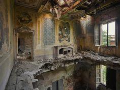 Rebecca Bathory Photographer   London Fine Art Photography - Orphans of Time