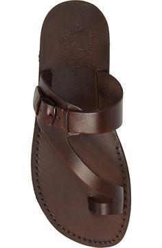 Toe Loop Sandals, Shoes Flats Sandals, Shoe Boots, Men's Shoes, Men Sandals, Leather Sandals For Men, Leather Slippers For Men, Mens Slippers, Gentleman Shoes