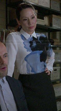 Joan's white shirt dress with blue flower on Elementary.  Outfit Details: http://wornontv.net/46771/ #Elementary