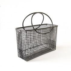 cocotte ronde en fonte brute 4l. Black Bedroom Furniture Sets. Home Design Ideas