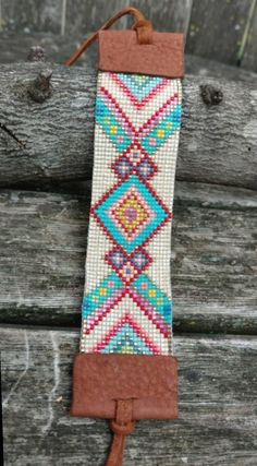 off loom beading techniques Loom Bracelet Patterns, Bead Loom Patterns, Jewelry Patterns, Beading Patterns, Beading Ideas, Beading Supplies, Stitch Patterns, Beaded Cuff Bracelet, Bead Loom Bracelets