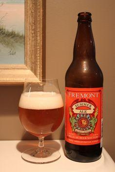 Cerveja Fremont Summer Ale, estilo American Pale Ale, produzida por Fremont Brewing, Estados Unidos. 5.2% ABV de álcool.