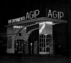 Stazione di rifornimento Agip, Genova anni 40