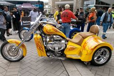 A V8 Choppers trike sporting a 427 engine makes for a ride you'll never, ever forget even if you wanted to.