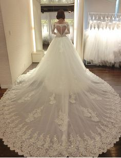 Luxury Long Sleeves Lace Wedding Dress with Cathedral Train