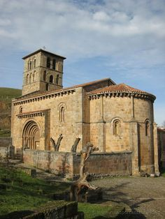 Colegiata de San Pedro de Cervatos. #Cantabria #Spain #Travel