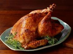 Im Ofen gebratener Truthahn - Turkey Recipes (Thanksgiving) and sides - Food Network Recipes, Gourmet Recipes, Vegetarian Recipes, Healthy Recipes, Crockpot Recipes, Easy Recipes, Roast Turkey Recipes, Oven Roasted Turkey, Thanksgiving Turkey