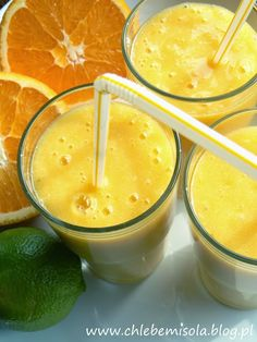 Koktajl z mango, bananów i cytrusów | chlebem i solą Smoothie Drinks, Healthy Smoothies, Cooking Recipes, Healthy Recipes, How To Eat Paleo, Beverages, Health Fitness, Food And Drink, Pizza