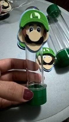 Resultado de imagem para tubete mario moldes Super Mario Bros, Bolo Super Mario, Super Mario Birthday, Super Mario Party, Mario Bros., Mario And Luigi, Mario Kart, Video Game Party, Party Games