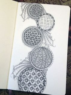 Zentangle Circles 3 - Gwen Lafleur this gave me the idea to have circles where some are quite flat and others look more sphere like