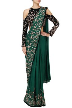 Pink Peacock Couture presents Green embroidered saree with blue blouse available only at Pernia's Pop Up Shop. Indian Wedding Outfits, Bridal Outfits, Indian Outfits, Dress Outfits, Fashion Outfits, Fashion 101, Red Lehenga, Lehenga Choli, Anarkali