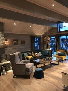 Finished livingroom In my lodge Tiny Guest House, Cottage Kitchen Cabinets, Masculine Living Rooms, Home Reno, Decoration, Home Projects, Rustic Decor, Houses, Furniture