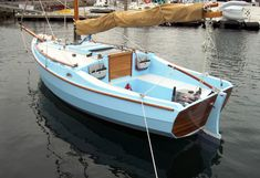 """(See end of post for updates on Cape May 25 and Cape Charles Lovely pic of a as appeared on Small Craft Advisor """"T. Wooden Sailboat, Wooden Boats, Old Boats, Small Boats, Cape May, Cape Charles, Small Yachts, Small Sailboats, Classic Sailing"""