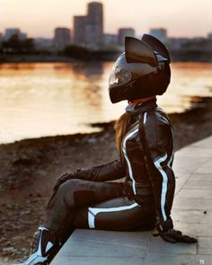 Cat Ear Motorcycle Helmets Photo: @nastasia_liss