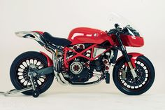 I missed the Steffano-Ducati Cafe9 first time round, back in 2007, but it still looks just as good today.