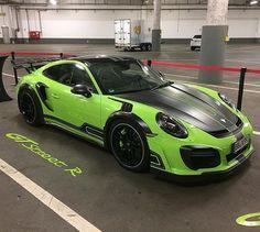 Porsche Cayman GT4.. Techart
