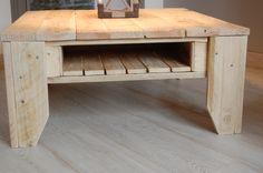 TABLES  DE SALON   plusieurs modèles différents dimensions différentes également