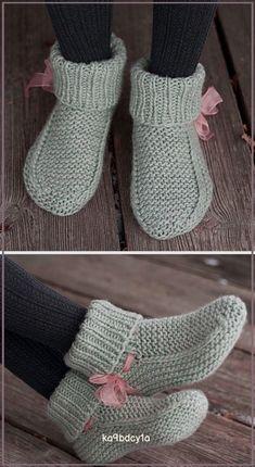 Beginner Knitting Patterns, Baby Knitting Patterns, Knitting Stitches, Knitting Socks, Free Knitting, Knitting Wool, Knit Slippers Free Pattern, Crochet Slipper Pattern, Crochet Shoes