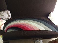 Ravelry: Project Gallery for Dotted Rays pattern by Stephen West