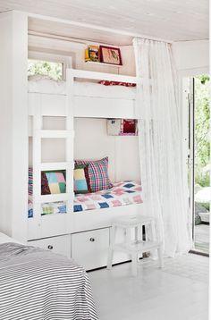 Gravity Interior : 15 square meters Swedish cottage via Skona Hem Swedish Cottage, Italian Home, Compact Living, Girl Room, Bunk Beds, Kids Bedroom, House Ideas, House Design, Interior Design
