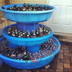 Fancy beer fountain for a white trash bash party Grad Parties, Holiday Parties, Summer Parties, Outside Birthday Parties, Parties Kids, Parties Food, Redneck Wedding Cakes, Camo Wedding, Redneck Weddings