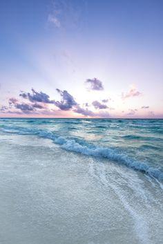 Sunrise over the beach in Cancun_ Mexico