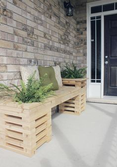 Here are 40 Creative Outdoor Bench DIY Ideas and Tutorials which should be quite helpful when you tackle the task of building your new outdoor bench. and Wood . Read DIY Outdoor Bench Ideas Simple And Inviting Planter Bench, Diy Bench, Porch Bench, Planter Ideas, Bench Decor, Diy Garden Furniture, Outdoor Furniture Sets, Outdoor Decor, Outdoor Spaces