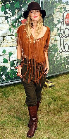 Dress Me: Style Icon: Drew Barrymore World Of Fashion, Boho Fashion, Womens Fashion, Boho Gypsy, Bohemian Style, Drew Barrymore Style, Teen Mom Og, Girls Spreading, The Wedding Singer