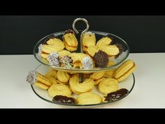 Τα πιο εύκολα και αφράτα πτι φουρ (Συνταγή του παππού). Συνταγή και Βίντεο! Biscuits, French Toast, Bakery, Food And Drink, Cooking Recipes, Sweets, Cookies, Chicken, Meat