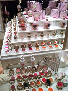 Laduree makeup line in Japan