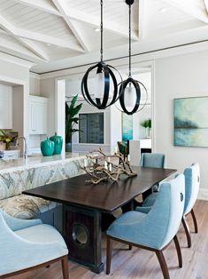 2018 Design Trends to Watch For | HGTV Interior Design Gallery, Contemporary Interior Design, Modern Design, Home Design Magazines, Kitchen Seating, Banquette Seating, Modern Farmhouse Design, Farmhouse Style, Interiores Design