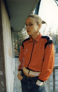 timbitici:  Chloe Sevigny #Nineties #Fila #bambooEarrings #dope