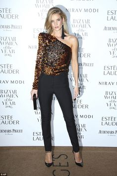 Rosie Huntington-Whiteley wins Businesswoman of the Year at the Harper's Bazaar Awards | Daily Mail Online